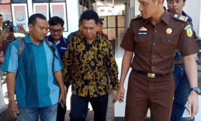Diperiksa Jaksa, Kadinkes Gresik Didampingi Empat Pengacara